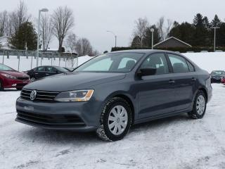 Used 2015 Volkswagen Jetta Modèle Trendline+ 4 portes 2,0L boîte au for sale in St-Georges, QC