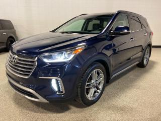 Used 2017 Hyundai Santa Fe XL Limited AWD, 7 SEATS, SUNROOF, NAV, AND MORE!! for sale in Calgary, AB