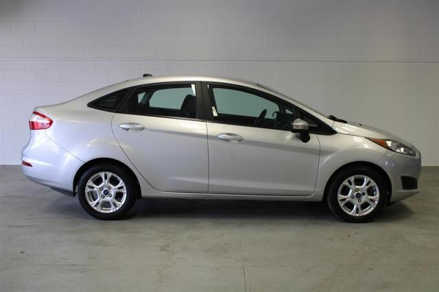 2015 Ford Fiesta WE APPROVE ALL CREDIT