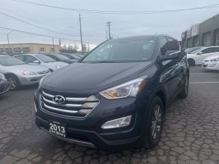 Used 2013 Hyundai Santa Fe Luxury,AWD for sale in Hamilton, ON