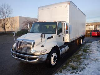 Used 2008 International 4300 3 Seats 24 Foot Cube Van Diesel with Air Brakes and Power Tailgate for sale in Burnaby, BC