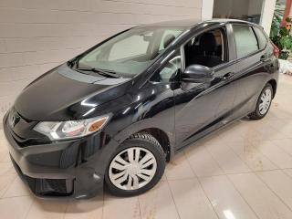 Used 2016 Honda Fit LX à hayon 5 portes CVT for sale in Chicoutimi, QC