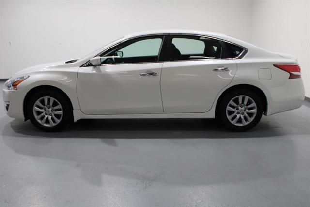 2013 Nissan Altima WE APPROVE ALL CREDIT
