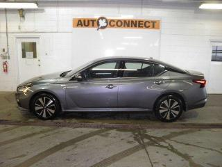 Used 2020 Nissan Altima SV AWD for sale in Peterborough, ON