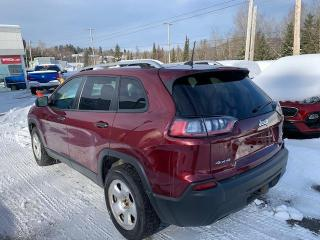 Used 2019 Jeep Cherokee SPORT 4X4 AWD VUS V6 for sale in Val-David, QC