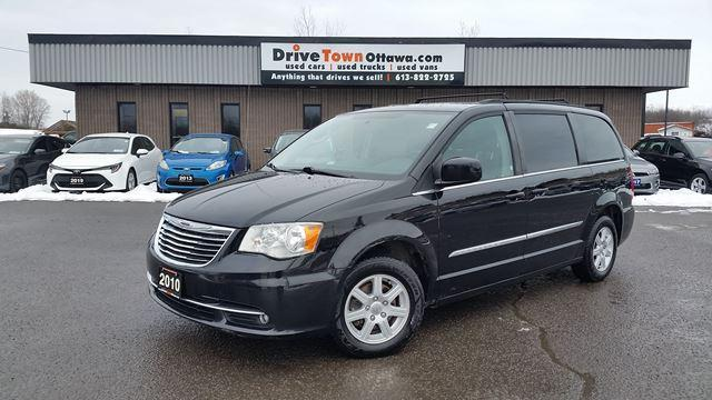 2011 Chrysler Town & Country TOURING **DUAL DVD**