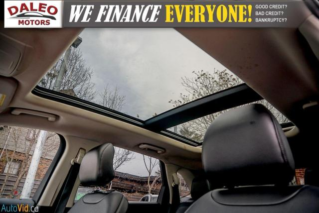 2015 Ford Edge SEL / LEATHER / REMOTE START / PANO ROOF / LOADED Photo19
