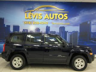 Used 2016 Jeep Patriot SPORT 5 VITESSE MANUEL PNEUS HIVER 79600 for sale in Lévis, QC