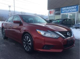 Used 2018 Nissan Altima 2.5 SV - Sunroof - Heated Seats - Bluetooth for sale in Cornwall, ON