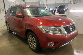 Used 2015 Nissan Pathfinder SV AWD CAMERA RECUL MAGS for sale in St-Hubert, QC