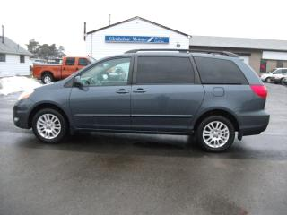 Used 2009 Toyota Sienna LE  AWD