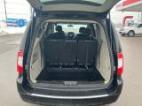 2014 Chrysler Town & Country Touring power doors back up camera
