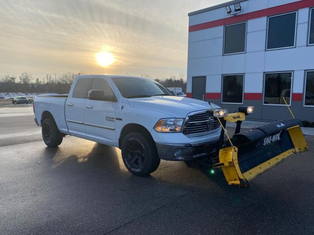 2016 RAM 1500 SLT Diesel with Backup camera