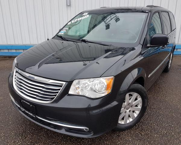 2015 Chrysler Town & Country Touring *DVD PLAYER*