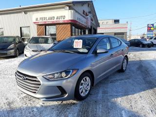 Used 2017 Hyundai Elantra Berline 4 portes, boîte automatique, le for sale in Sherbrooke, QC