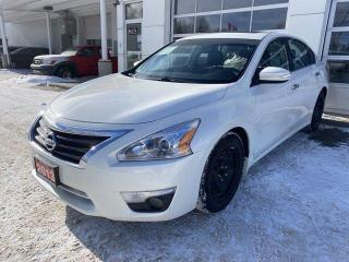 Used 2013 Nissan Altima 4dr Sdn I4 CVT 2.5 SL for sale in North Bay, ON
