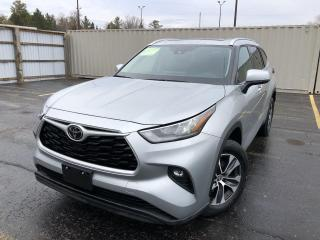 Used 2020 Toyota Highlander XLE AWD for sale in Cayuga, ON