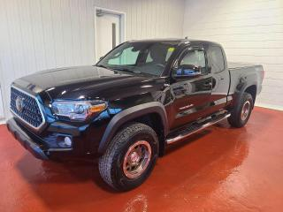 Used 2018 Toyota Tacoma TRD OFF ROAD 4X4 for sale in Pembroke, ON