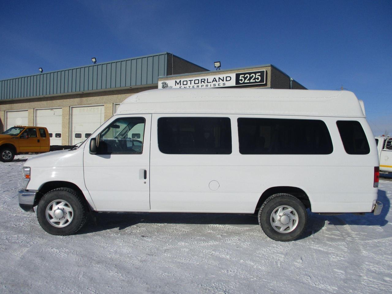 2012 Ford Econoline Recreational