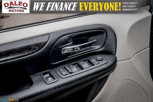 2012 Dodge Grand Caravan CREW / 7 PASSENGERS / LOW KMS / CLEAN Photo19