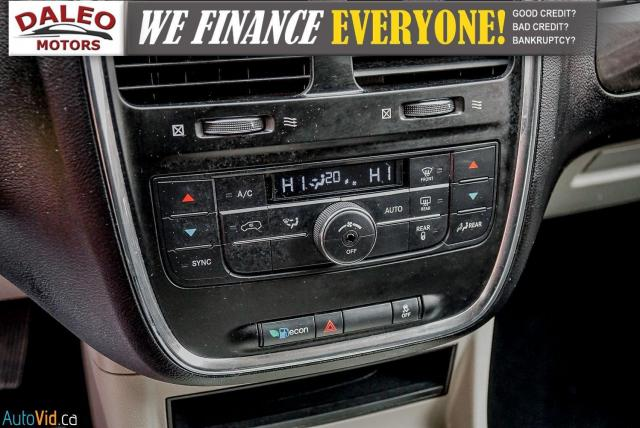 2012 Dodge Grand Caravan CREW / 7 PASSENGERS / LOW KMS / CLEAN Photo22