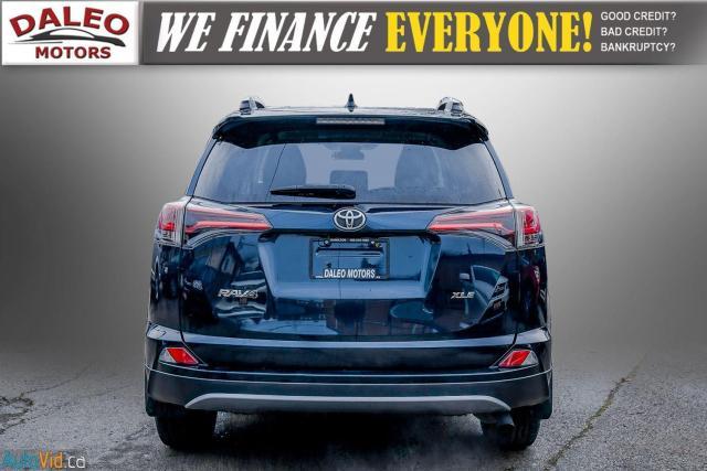 2017 Toyota RAV4 XLE / HEATED SEATS / BACK UP CAM / MOONROOF / Photo7