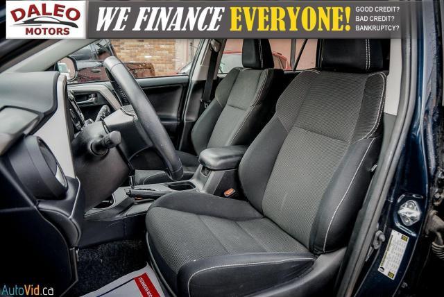 2017 Toyota RAV4 XLE / HEATED SEATS / BACK UP CAM / MOONROOF / Photo12