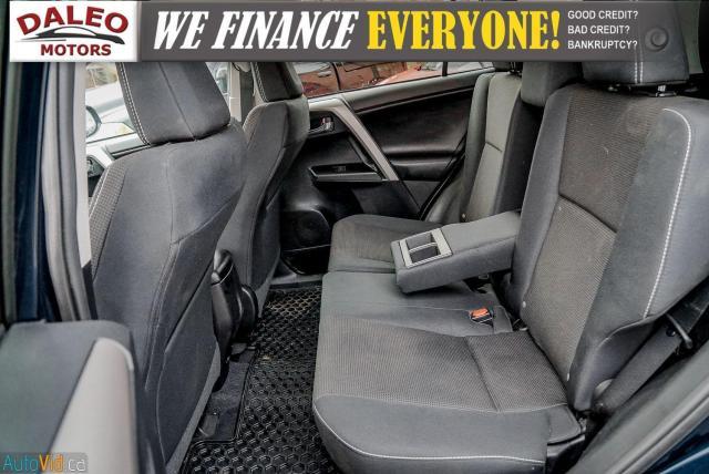 2017 Toyota RAV4 XLE / HEATED SEATS / BACK UP CAM / MOONROOF / Photo13