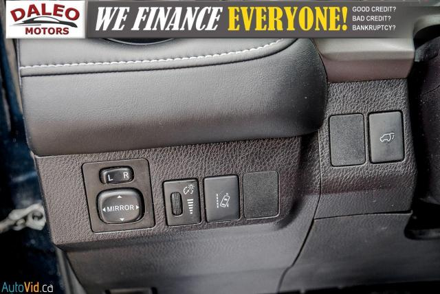 2017 Toyota RAV4 XLE / HEATED SEATS / BACK UP CAM / MOONROOF / Photo20