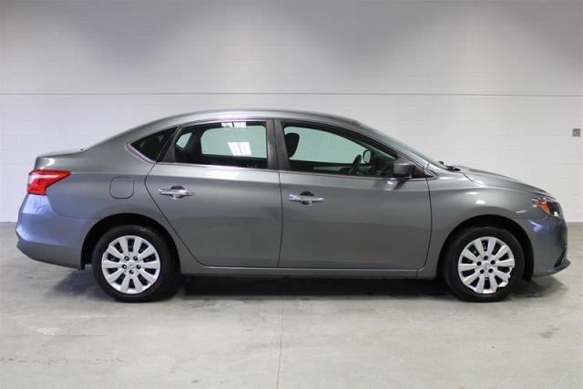 2016 Nissan Sentra WE APPROVE ALL CREDIT.