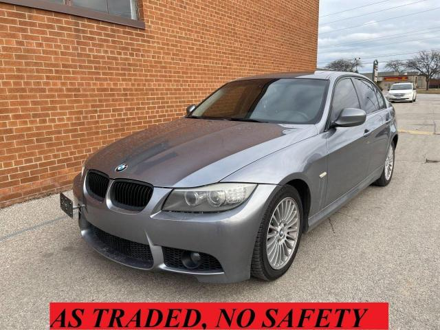 2011 BMW 3 Series 328XI / Navigation/ Leather/ Sunroof