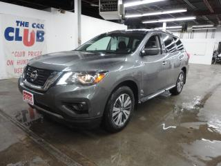 Used 2020 Nissan Pathfinder 4x4 SV Tech 7 Passenger for sale in Carp, ON