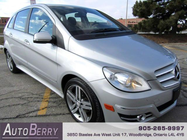 2011 Mercedes-Benz B-Class B200 Accident Free Pano Roof Bluetooth