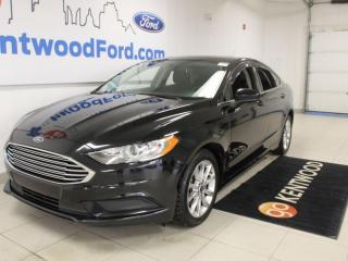 Used 2017 Ford Fusion SE | FWD | Moonroof | Reverse Camera for sale in Edmonton, AB