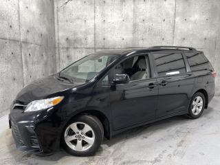 Used 2019 Toyota Sienna LE 8 places Applecar sièges chauffants porte coulissante for sale in St-Nicolas, QC