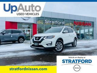 Used 2017 Nissan Rogue SV AWD for sale in Stratford, ON