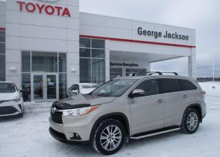 Used 2016 Toyota Highlander XLE for sale in Renfrew, ON