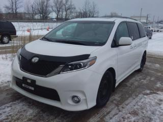 Used 2016 Toyota Sienna SE for sale in Innisfil, ON