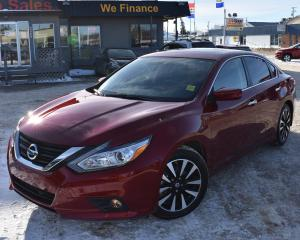 Used 2018 Nissan Altima 2.5 SV SUNROOF! BACK UP CAMERA! NAVIGATION! for sale in Saskatoon, SK