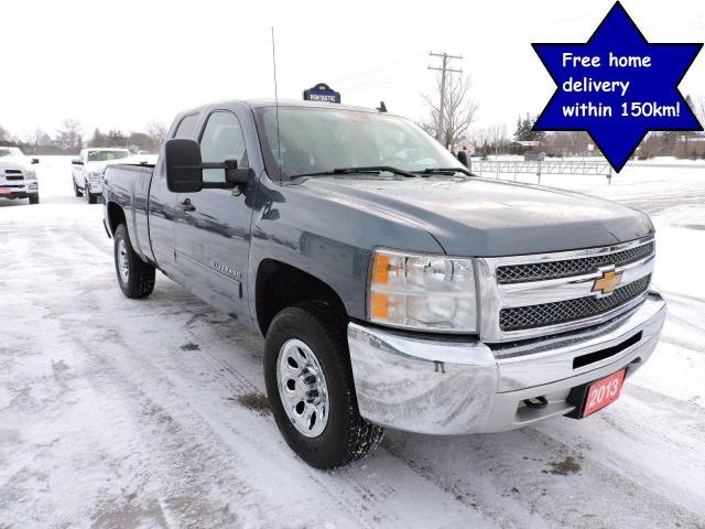 2013 Chevrolet Silverado 1500 LS Cheyenne Edition 4X4 New tires Only 92000 km