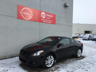Used 2012 Nissan Altima 3.5 SR / Sunroof / Leather / Backup Camera for sale in Edmonton, AB
