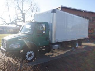 Used 2016 Freightliner M2106 Cube Van 22 foot  Cummins Diesel Power Tailgate With Hydraulic Brakes for sale in Burnaby, BC