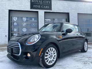 Used 2015 MINI Cooper Panoramic Roof Premium Package for sale in Guelph, ON