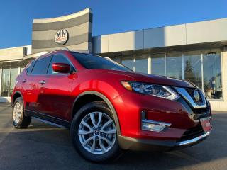 Used 2018 Nissan Rogue SV AWD SUNROOF REAR CAMERA 63KM for sale in Langley, BC