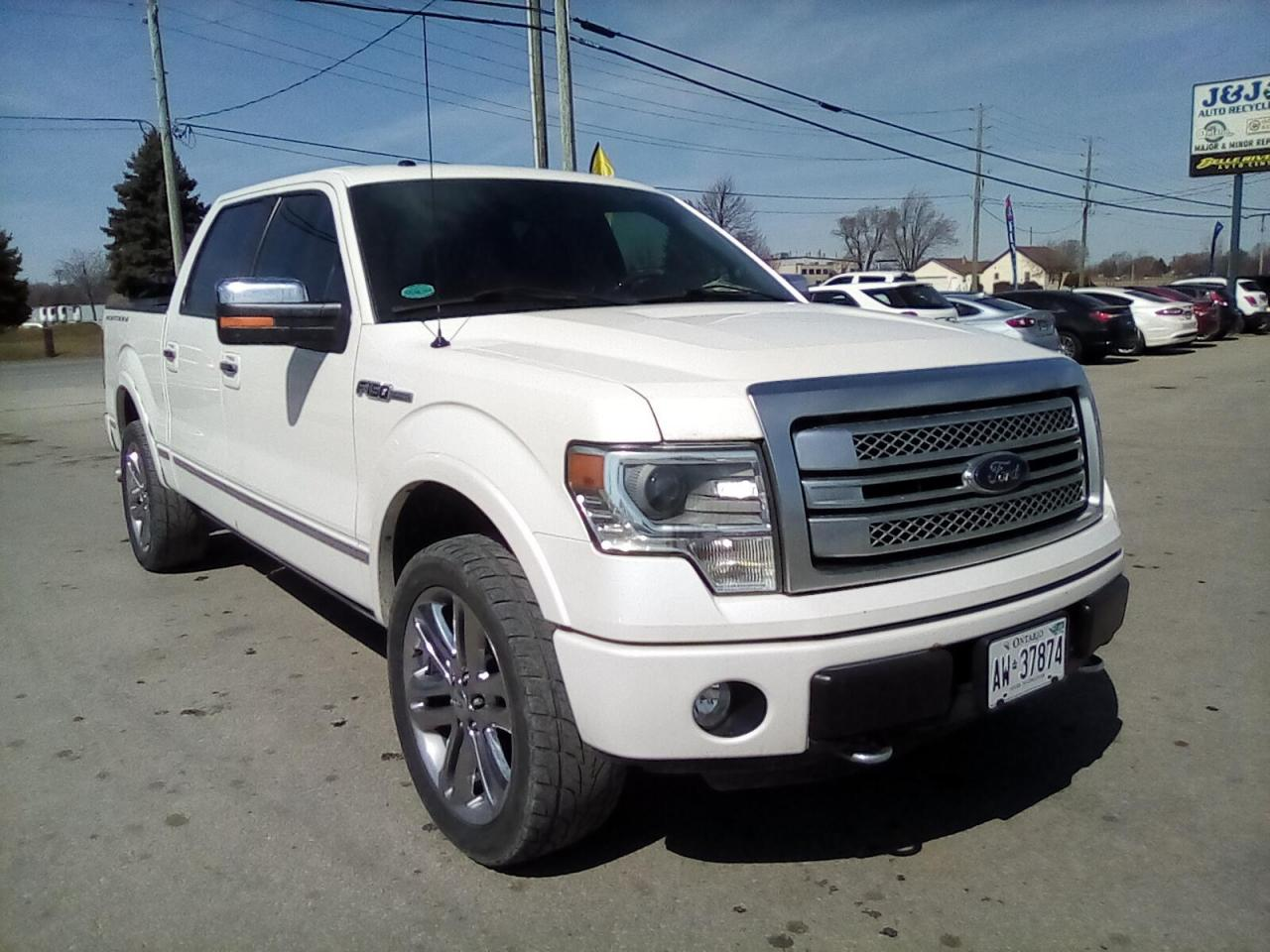 2014 Ford F-150 XL SuperCrew 5.5-ft. Bed 4WD Platinum