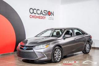 Used 2017 Toyota Camry HYBRID XLE+TOIT+MAGS+CUIR+CHARGEUR IQ+SYST.ANTI-COLLISION for sale in Laval, QC
