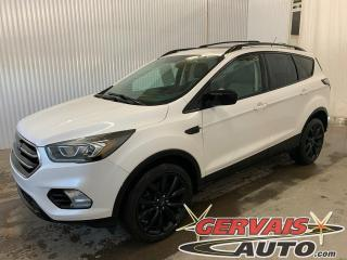 Used 2017 Ford Escape SE AWD Sport Cuir/Tissus Toit panoramique Mags *Traction intégrale* for sale in Trois-Rivières, QC