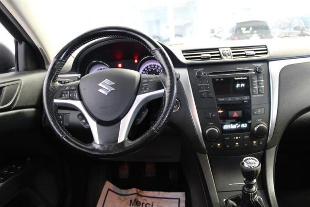 2011 Suzuki Kizashi Sport FWD 6sp