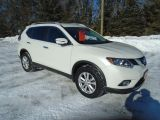 Photo of PERAL WHITE 2016 Nissan Rogue