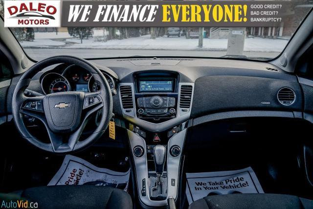 2012 Chevrolet Cruze LT TURBO w/1SA / MOON ROOF / ON STAR / Photo7